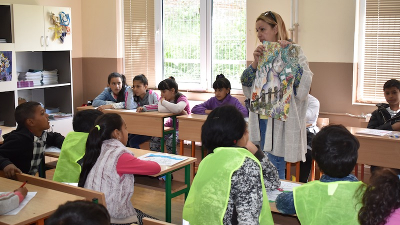 12 февруари 2020 | Нуша Роянова се среща с ученици в Разград